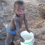 L'acqua, il business sulla pelle dei poveri.